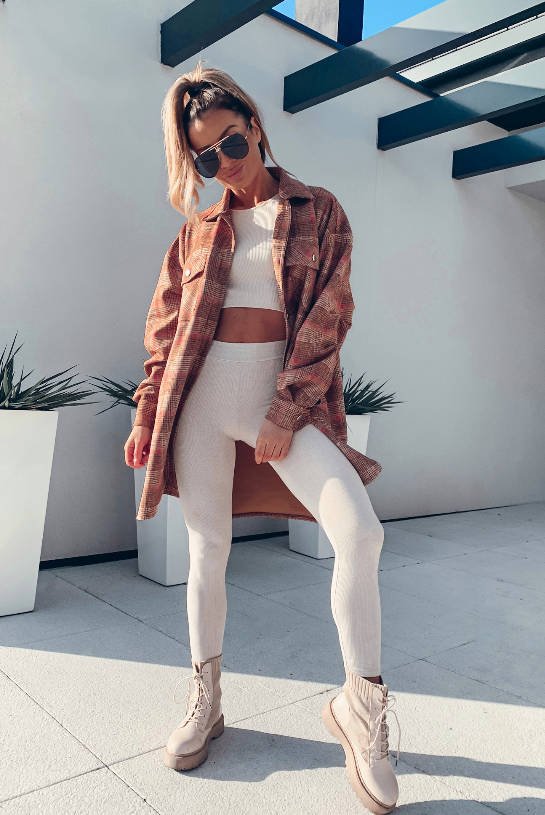 OVERSIZE SHADES OF BEIGE AND RED CHECKED SHADES | SHEILA AW20