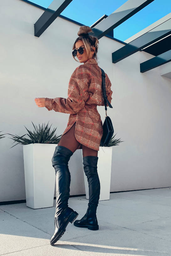 OVERSIZE SHADES OF BEIGE AND RED CHECKED SHADES   SHEILA AW20